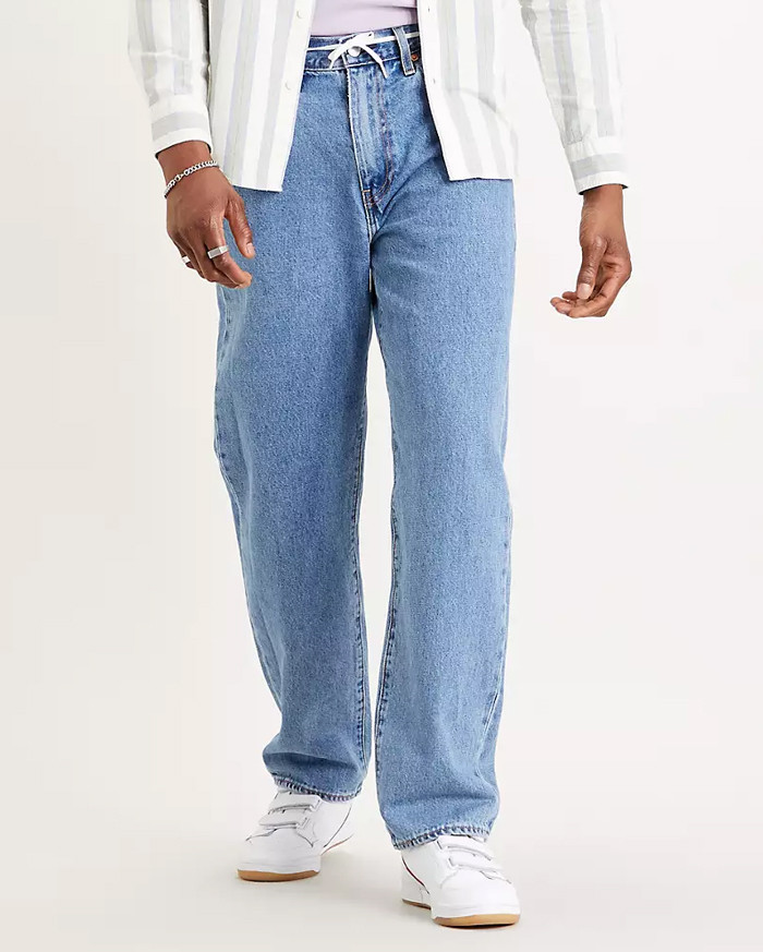 Levis Stay Loose -